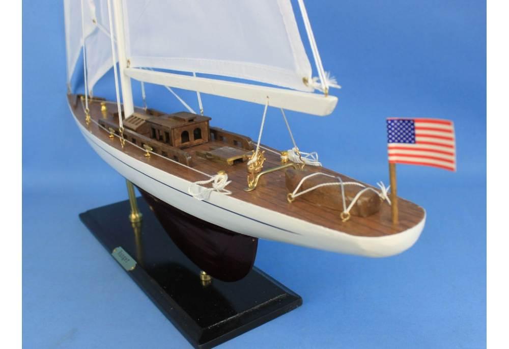 America S Cup Ranger Sailboat Decoration Model