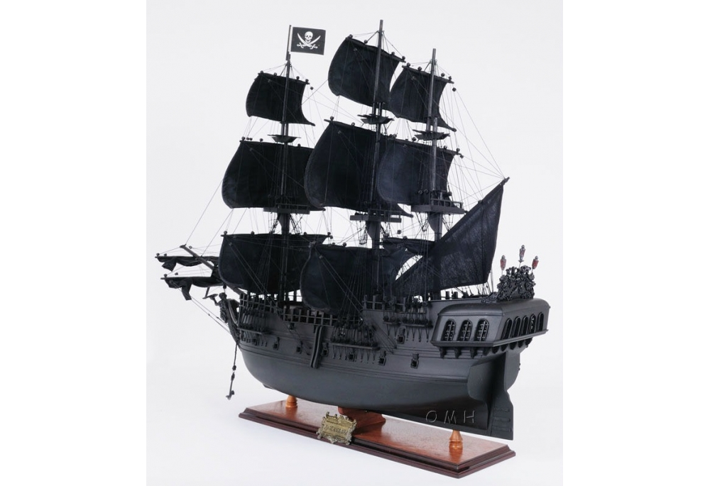 black-pearl-pirate-ship