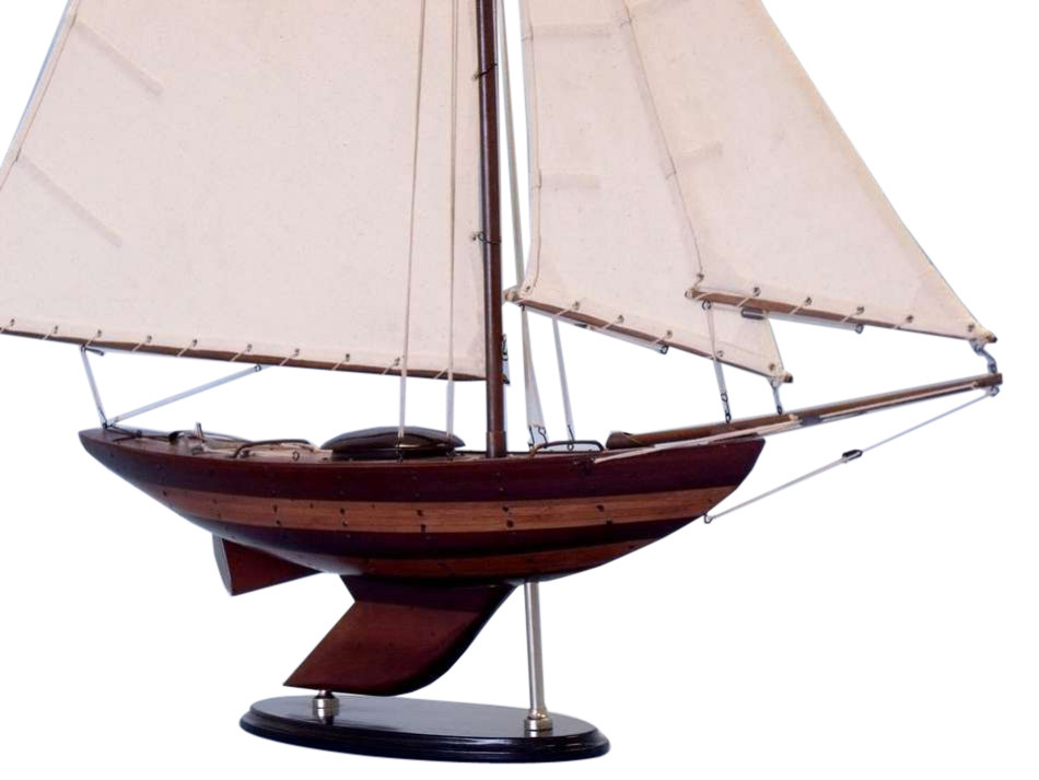sailboat-decor-sloop-centerpiece2