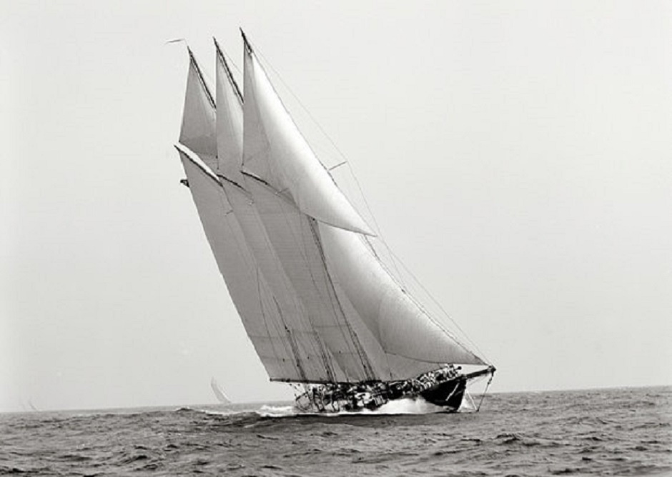 Schooner Atlantic Under Sails