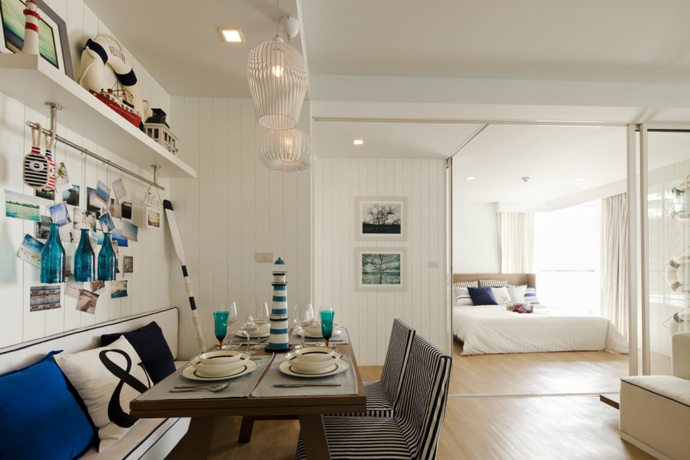 nautical dinning room