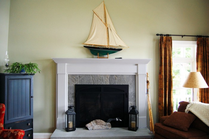 sailboat-on-the-mantel