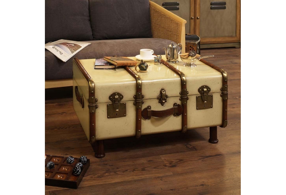 steamer-trunk-coffee-table