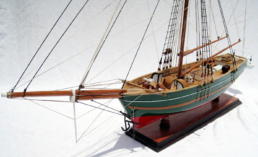 wooden-sailing-ship-gjoa-hand-built-model-4
