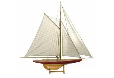 1895 Defender Pond Yacht Model