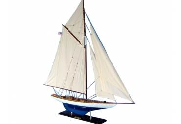 """America's Cup Sailboat Defender Limited 35"""""""