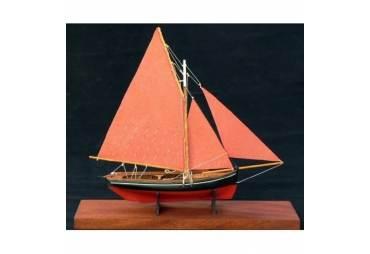 Galway Hooker Desk Model Boat